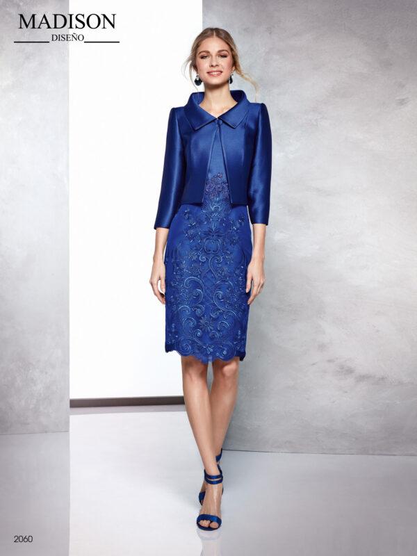 Vestido corto con chaqueta en piqué azul y encaje de tul en el cuerpo
