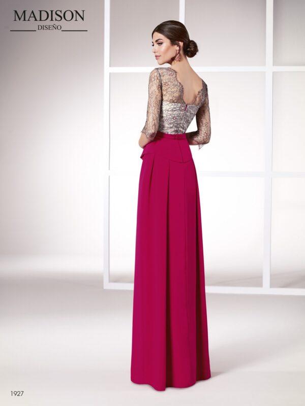 Vestido de fiesta realizado en chantilly francés con hilo de lurex y crepe