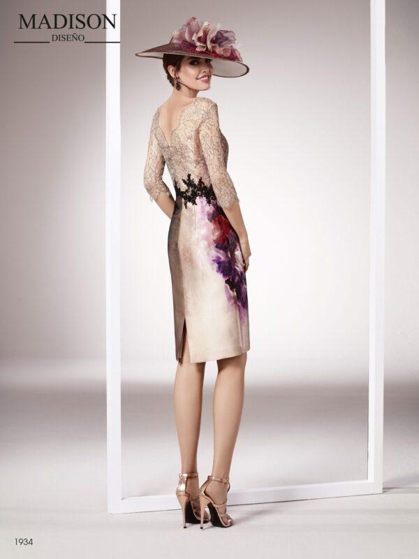 Vestido de coctel con un mikado estampado floral