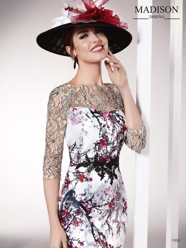 Vestido de fiesta corto de chantilly y mikado estampado con motivos florales