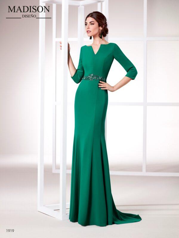 Vestido largo con falda de nejas